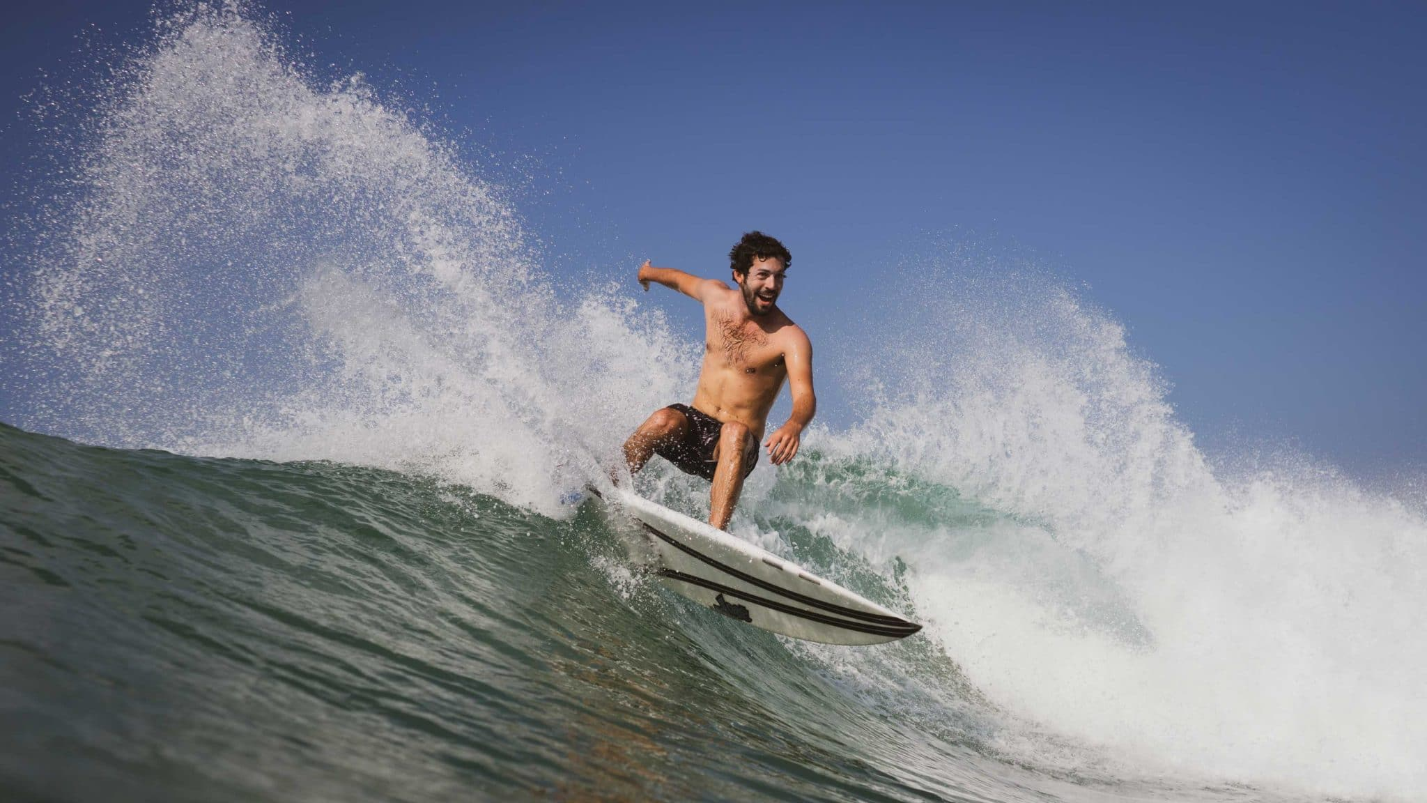 Snap is the basic maneuver for Level 2 surfers